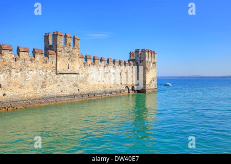 Scaliger Burg in Sirmione - Stockfoto
