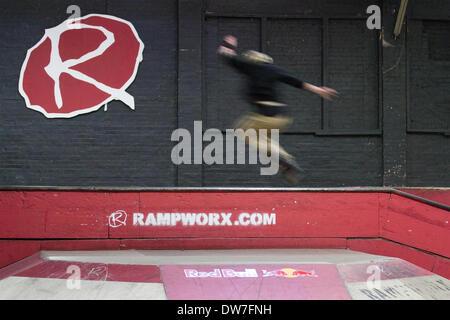 Rampworx Skatepark, Liverpool, UK. 1. März 2014.  Geschnürt Serie Inline-Skating-Wettbewerb.  Die Laced-Serie ist - Stockfoto