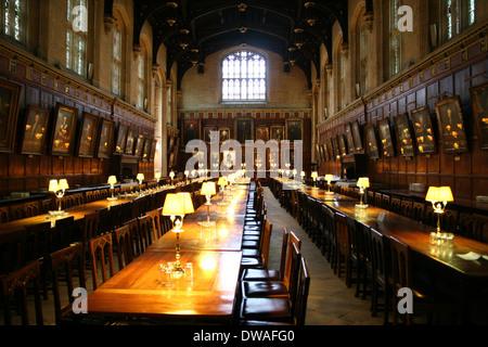 Der Speisesaal an der Christ Church College Oxford UK. - Stockfoto