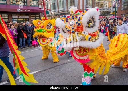 Ein Chinese New Year Löwentanz Stockfoto, Bild: 43279492 - Alamy