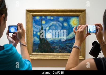 """Gemälde """"Sternennacht"""" von Van Gogh in das Museum of Modern Art (MOMA). 11 West 53rd Street Telefon 212-708-9400 - Stockfoto"""