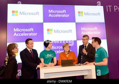 Die weltweit größte Computer Messe CeBIT begann am Montag, 10.03.2014 in Hannover mit der traditionellen Tour von - Stockfoto