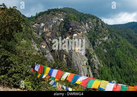 Cliff mit dem Tiger Nest Kloster, Palphug Kloster Taktsang, Paro Taktsang, Bhutan Stockfoto