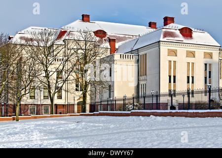 Gebäude der ehemaligen Königsberg City Hall (Deutsch Stadthalle). Kaliningrad (bis 1946 Königsberg), Russland - Stockfoto