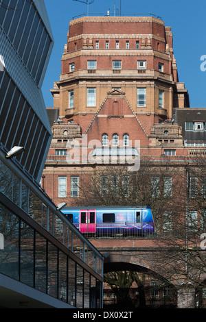 Gebäude der Universität Manchester im Zentrum von Manchester nördlichen England UK - Stockfoto