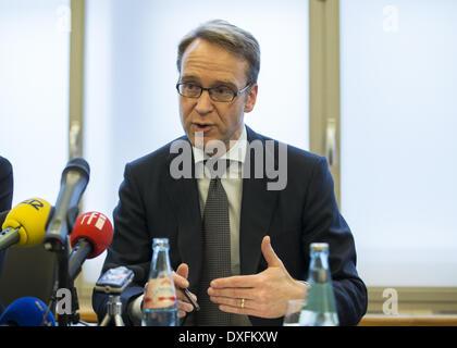 Berlin, Deutschland. 25. März 2014. Drücken Sie Talk zwischen VAP Mitglieder und Dr. Jens Weidmann, Präsident der - Stockfoto