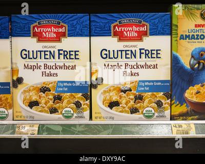 Gluten freie Ahorn Buchweizen Müslischachteln, Publix Supermarkt in Tampa, Florida - Stockfoto