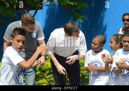 RIO DE JANEIRO, Brasilien-7. APRIL: finanzielle Hauptminister des Vereinigten Königreichs, George Osborne, besucht - Stockfoto
