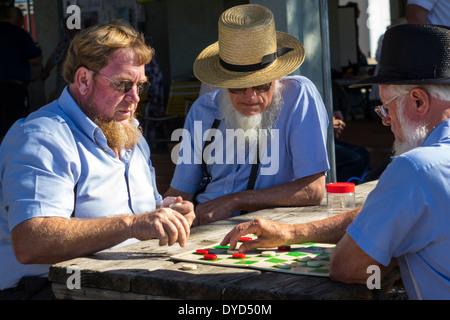 Sarasota Florida Pinecraft Amish Mennonite Gemeinschaft Retreat typische konservative traditionelle Kleidung Mann - Stockfoto