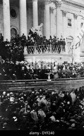 Präsident Abraham Lincoln liefert zweiten Antrittsrede vor dem United States Capitol, 4. März 1865. - Stockfoto