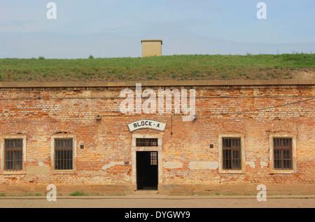 Eines der Zelle blockiert in der kleinen Festung Theresienstadt Konzentrationslager in der Nähe von Prag, Tschechische - Stockfoto