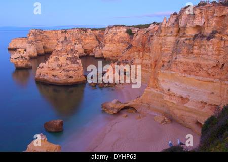 Praia da Marinha, Lagoa, Marinha Strand, Algarve, Portugal, Europa - Stockfoto