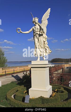 Skulptur von Victoria in der Orangerie des Schweriner Schlosses, Schwerin, Mecklenburg Western Pomerania, Deutschland, - Stockfoto