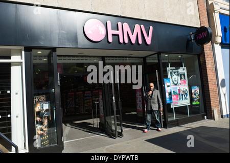 HMV-Store auf der High Street Bangor Gwynedd North Wales UK - Stockfoto