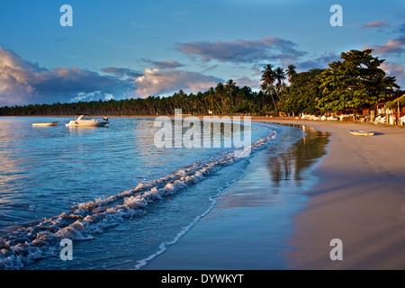 Küste in Garapua Strand. Tinhare Insel, Bahia, Brasilien - Stockfoto