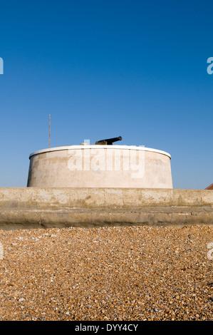 Die Martello-Turm und Heimatmuseum in der Sussex Küstenstadt von Seaford, erbaut auf Großbritannien während der - Stockfoto