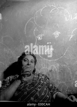 Ältere Frau in Rom - Stockfoto