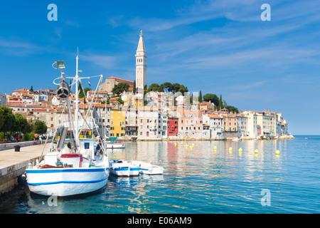 Küste von Rovinj, Istrien, Kroatien. - Stockfoto