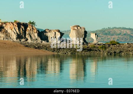 Elgee Kalksteinen Reflexionen über Edeline Insel, Kimberley, Western Australia, Australien - Stockfoto