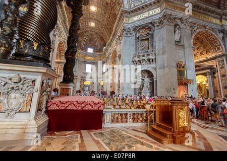Dom St. Peter im Vatikan - Stockfoto
