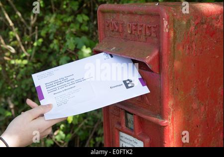 Briefwahl Briefkasten