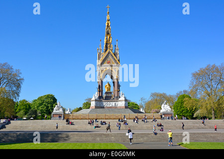 Das Albert Memorial in den Kensington Gardens - Stockfoto