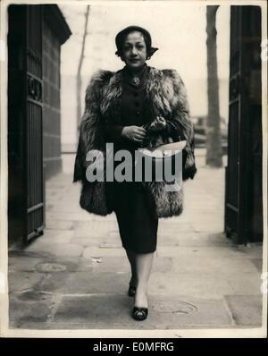 3. März 1955 - Ägypterin Editor in Großbritannien... Besuche von Scotland Yard: Frau Amina El Said, Herausgeber - Stockfoto