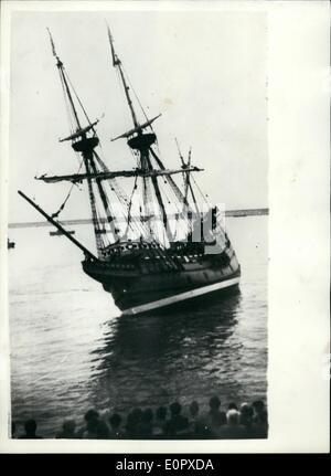 4. April 1957 geht - die '' Mayflower II'' - '' West'' zu früh fast: Der '' Mayflower II'' - der Nachbau der Filgrim - Stockfoto