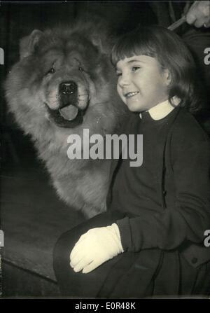 8. Dezember 1957 - eröffnet Pet Dog Show in Paris? Die jährlichen Pet Dog Show in der Salle Wagram, Paris, hat heute - Stockfoto