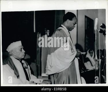 12. Dezember 1958 - Ghanas Ministerpräsident besucht Indien erhält Ehrendoktorwürde: Dr. Kwame Nkrumah, Premierminister - Stockfoto