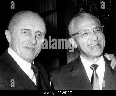 Filmemacher George Cukor und Rene Clair - Stockfoto