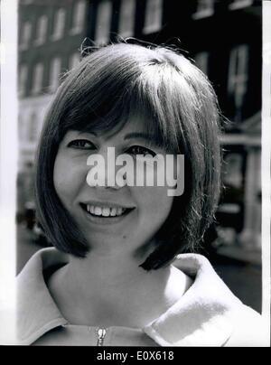 5. Mai 1965 - Cilla ändert ihre Frisur: es sieht aus wie eine schlaflose Nacht in Rollen für Millionen von britische - Stockfoto