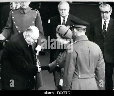 11. November 1967 - Staatsbesuch des Präsidenten der Türkei.: der Präsident der Türkei und Madame Cevdet Sunay, - Stockfoto