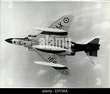 Sept. 09, 1968 - Phantom schließt sich der royal Air Force; Die erste Royal Air Force Spey engined Phantom FGR2, - Stockfoto