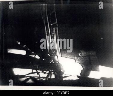 21. Juli 1969 - Mann auf dem Mond: Foto zeigt dieser NASA offizielle Bild, funkte nach London aus Sydney, Australien, - Stockfoto