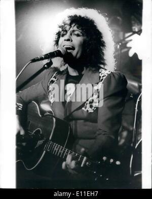 Sept. 16, 1977 - 16. September 1977 Marc Bolan bei Autounfall getötet. Rock-Sänger Marc Bolan, 29, war heute früh - Stockfoto