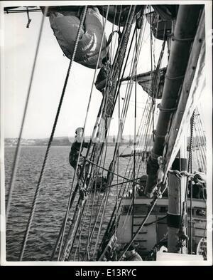 27. März 2012 - die '' Mayflower II'' unter Segeln - endlich: '' Mayflower II'' reiste unter vollen Segeln zum ersten - Stockfoto