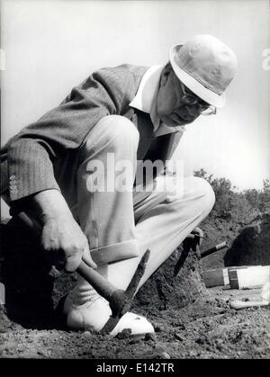 4. April 2012 - Pressekonferenz der schwedische König Gustav Adolf von Schweden eine über die Ausgrabungen, die - Stockfoto