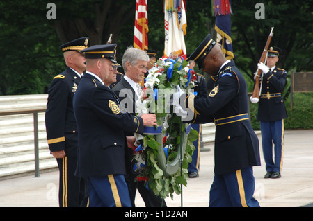 Der Secretary Of The Army, Honorable John McHugh sowie der Stabschef der US Army, General George W. - Stockfoto