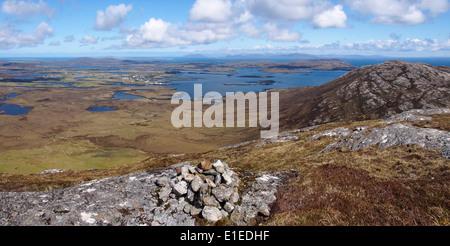 Blick Richtung Norden vom Gipfel des Li ein Deas, North Uist, äußeren Hebriden, Schottland - Stockfoto