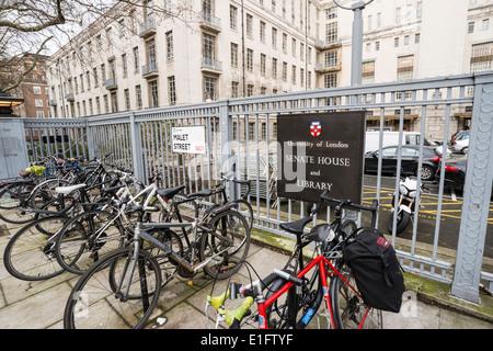 Universität von London, Senat-Haus & Bibliothek Zeichen, Malet Street, London, UK - Stockfoto