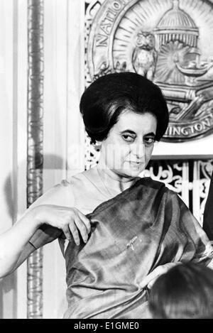 Premierministerin Indira Gandhi von Indien bei der National Press Club, Washington, D.C., 1966 - Stockfoto