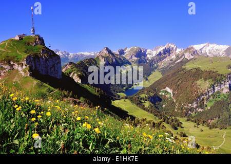 Seilbahn Hoher Kasten Berg, Alpstein Region, See Sämtisersee und Kreuzberge Berge, Altmann Berg - Stockfoto