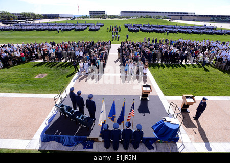 US Air Force Chief Of Staff General Mark A. Welsh III, Generalleutnant Mike Gould, der ausgehende Superintendent - Stockfoto