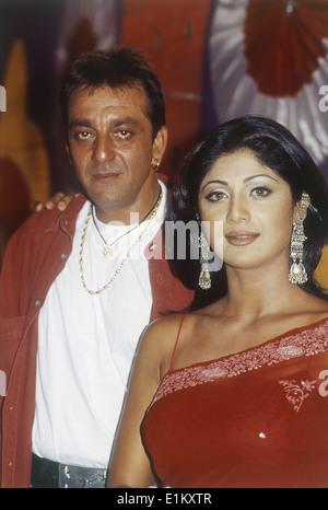 Porträt der indischen Schauspieler Sanjay Dutt und Schauspielerin Shilpa Shetty - Stockfoto