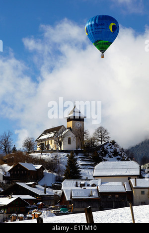 Europa, Schweiz, Kanton Waadt, Chateau d ' Oex Stadt, Hot Air Balloon International Festival - Stockfoto
