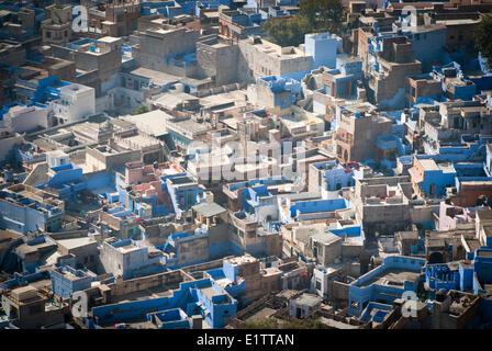 """Blick auf die """"Blaue Stadt"""" Jodhpur von Mehrangarh Fort, Staat Rajasthan, Jodhpur, Indien"""
