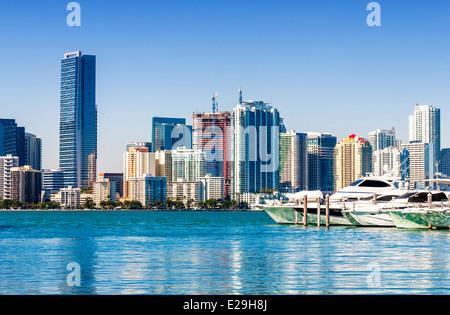 Miami South Beach, Blick vom Hafen Eingangskanal, Florida, USA. - Stockfoto