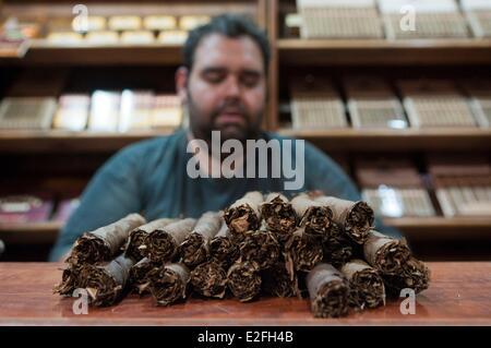 Spanien, Kanarische Inseln, Teneriffa, Garachico, Arturo hausgemachte Zigarre - Stockfoto