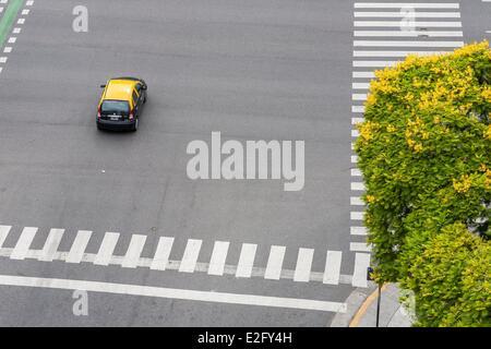 Argentinien Buenos Aires 9 de Julio Avenue (Avenida 9 de Julio) schloss 1980 ist der größte in der Welt mit 140 - Stockfoto